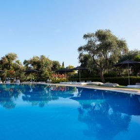 4* Mr & Mrs White Corfu – Κέρκυρα